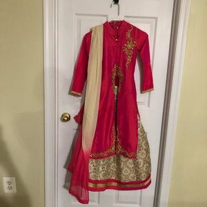 Dresses & Skirts - Beautiful Indian Pakistani dress for little girls